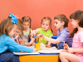 Діти-малюють